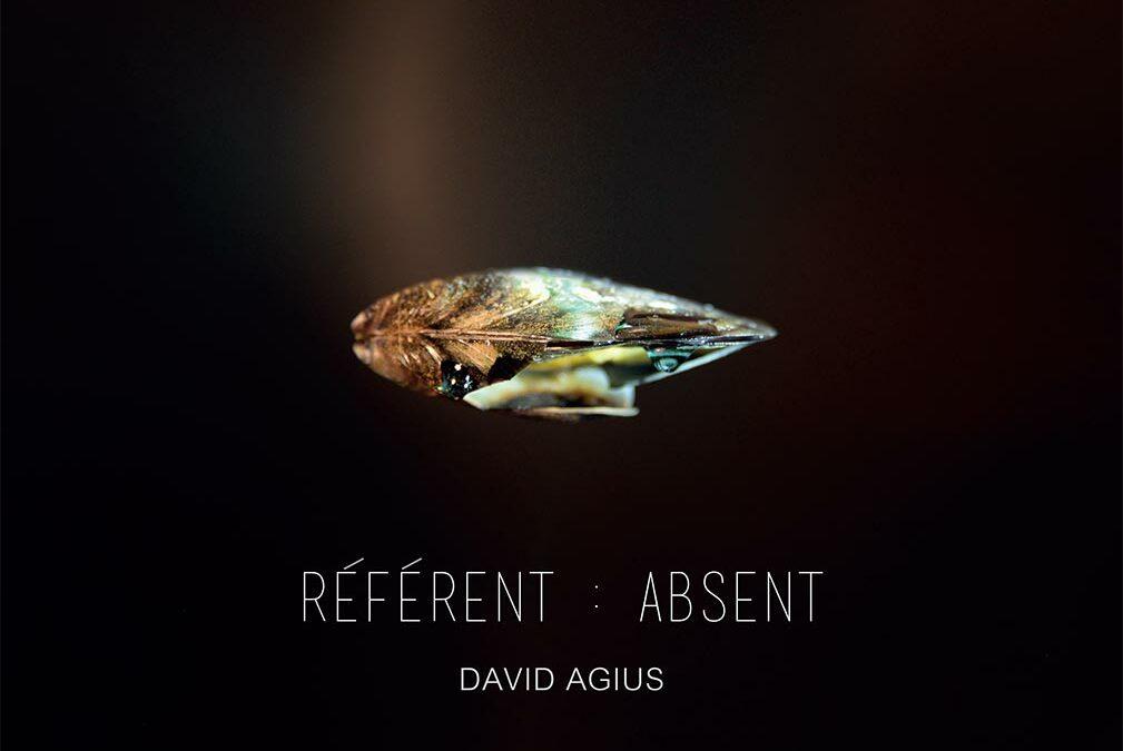 """Solo exhibition """"Référent : Absent"""" + Conference :"""